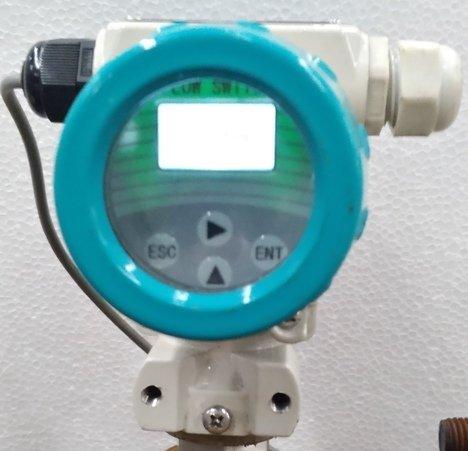universal flow switch